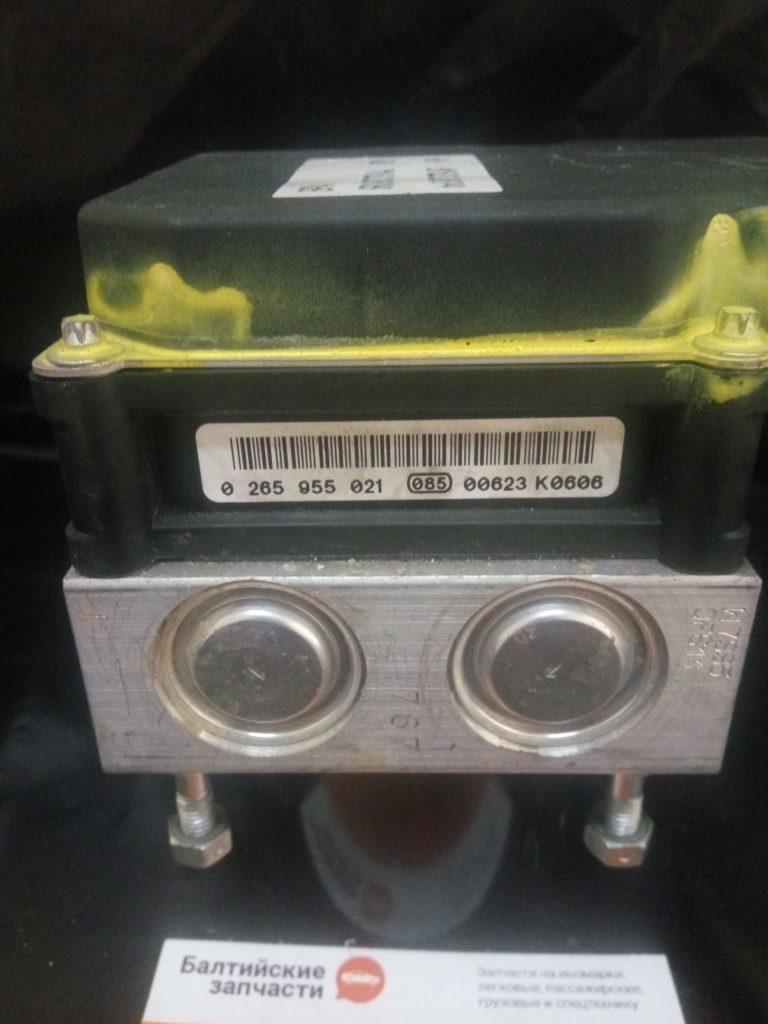 Блок ABS Volkswagen 6R0614517AC