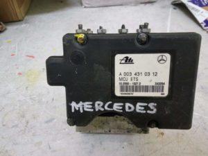 Блок ABS  A0034310312 Mercedes-Benz